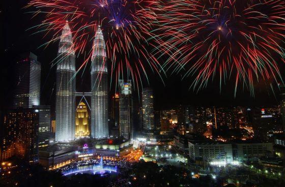 klcc-kuala-lumpur-city-center-fireworks-venue-venuescape